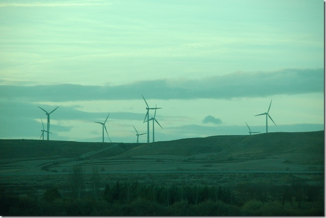 山坡上的风车