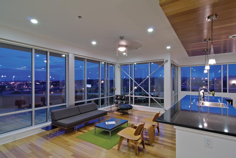 Edificio de Vidrio Southeastern - Sanders Pace Architecture