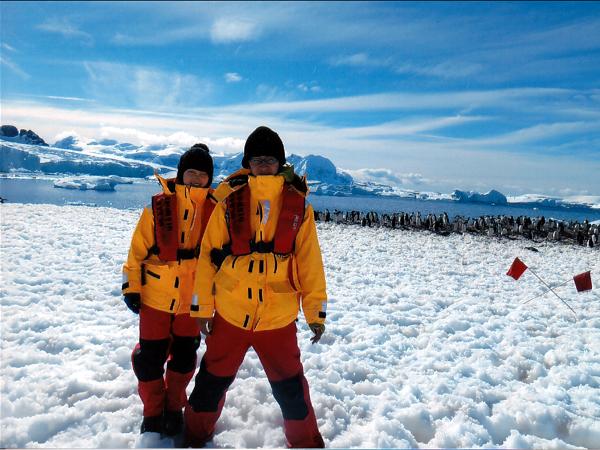 南極半島&サウスシェットランド諸島クルーズ