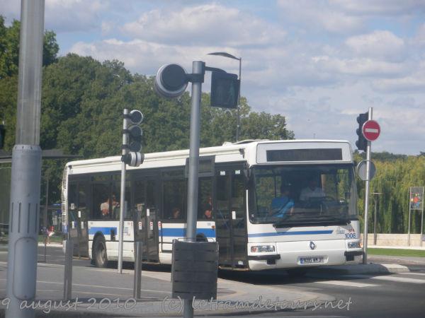 Présentation des bus 1008%20Renault%20Agora%20S%20le%209%20ao%C3%BBt%202010%20(K%C3%A9olis%20Centre)(5)