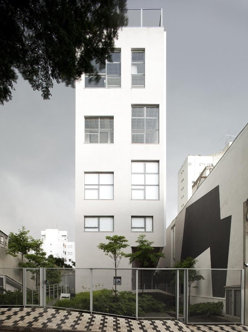 Edificio Residencial en Aimberê - Andrade Morettin Arquitectos