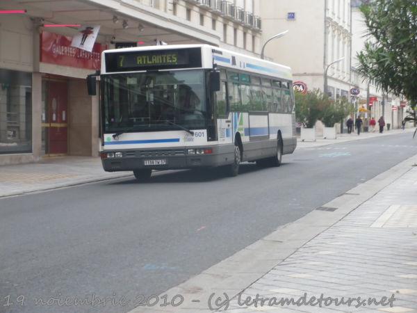 Présentation des bus 601%20Setra%20S300%20NC%20Le%2019%20juin%202010%20(19)