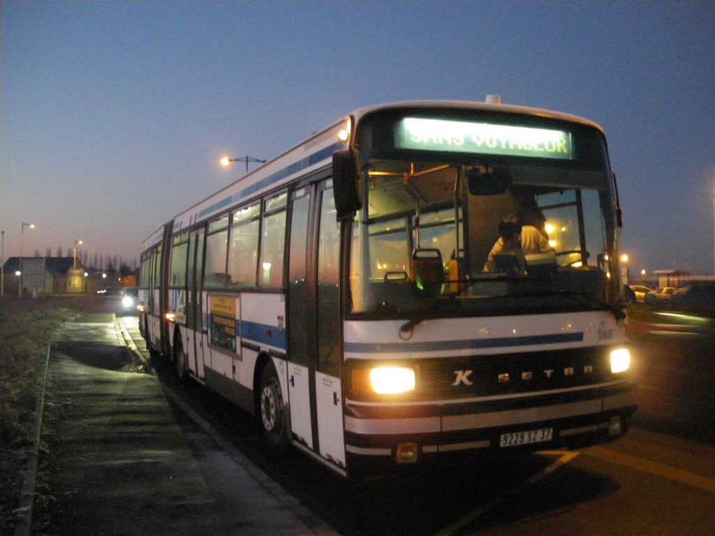 Présentation des bus 309%20Setra%20SG219%20SL%20-%2010%20d%C3%A9cembre%202010%20(Terminus%20P%C3%B4le%20Sant%C3%A9%20Alliance%20-%20Chambray-l%C3%A8s-Tours)%20(4)