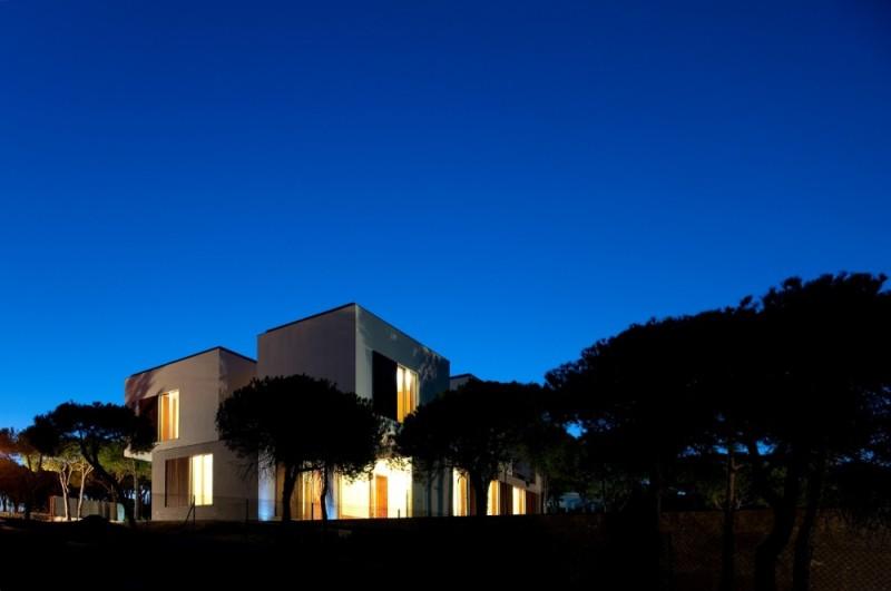 Casa en Praia Verde - Nelson Resende Arquitecto