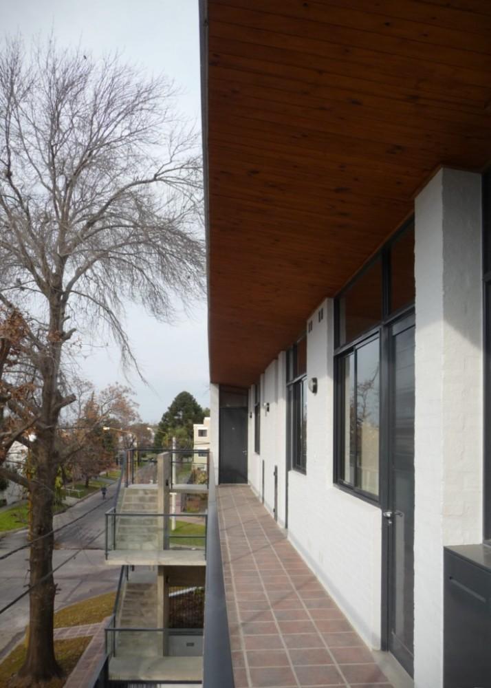 Edificio en calle Defensa - Biagioni Pecorari Arquitectos