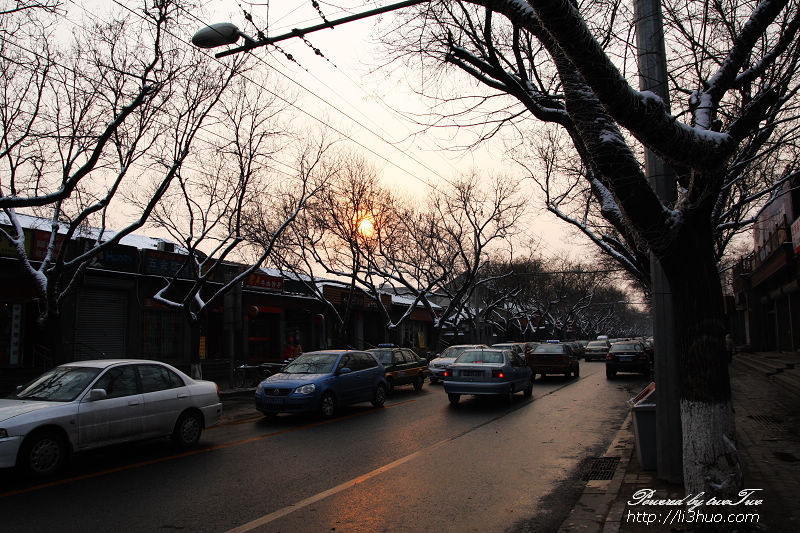 2011-02-13的雪后夕阳,拍摄于鼓楼东大街