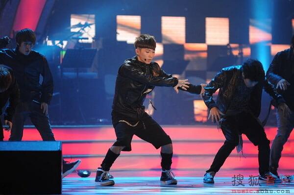 [fotos] Jang Woo Hyuk - Festival de Música Popular en China 0e4bd9166242b32b972b43a2