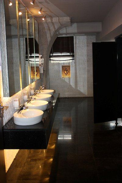 行走在中國之廁所文化-三十而慄