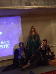 foto di gruppo dei cavalieri con la principessa de Il Trono di Spade