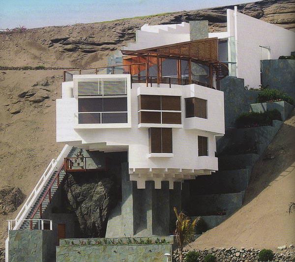 Casa de Playa en El Misterio - Juvenal Baracco Barrios