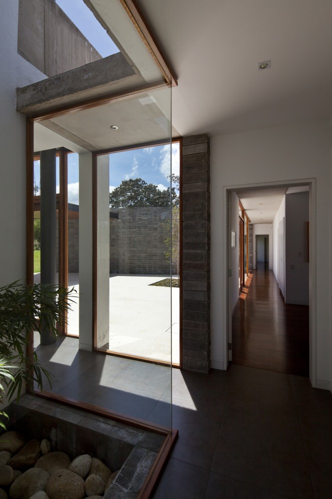 Casa 2V - Diez + Muller Arquitectos