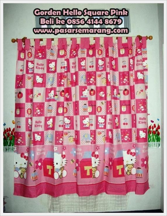 Gorden sprei sarung bantal cinta motif hello kitty pink square pasar semarang