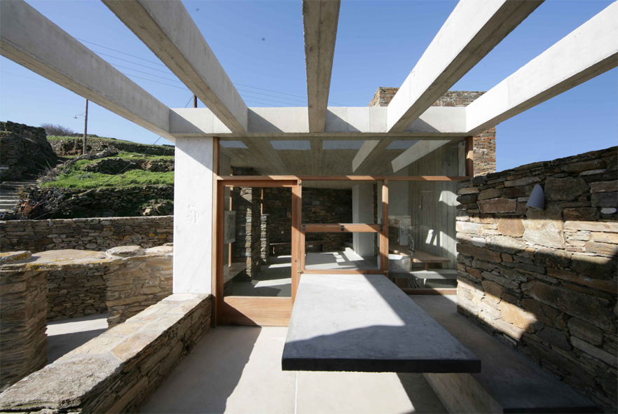 Casa en Tinos - mXarchitecture