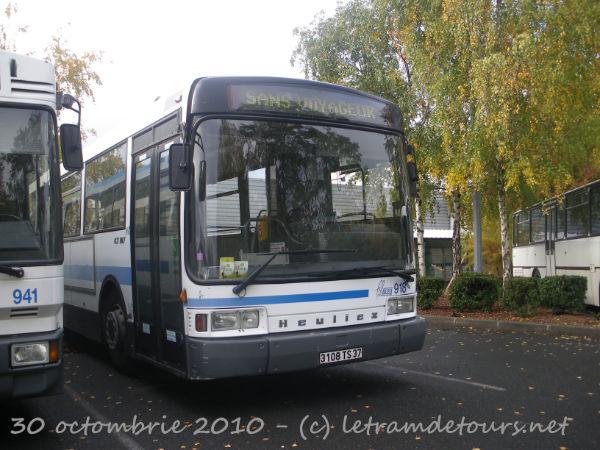 Présentation des bus 918%20Heuliez%20GX107