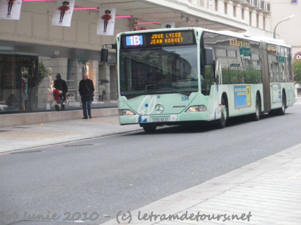 Présentation des bus 324%20Mercedes%20Citaro%20G%20Le%2019%20juin%202010%20(5)