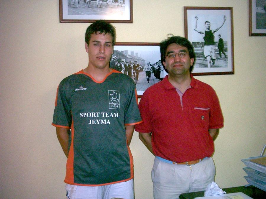 Antonio de Toro y Francisco Javier Calzado, capitán y presidente del Sport Team Jeyma respectivamente